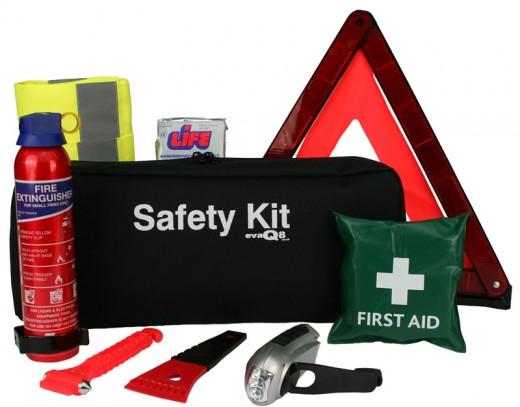 Cum sa faci un kit de urgenta pentru masina ta