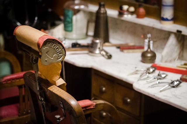 Cadouri pentru barbati inspirate din barbershopuri