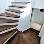 Placari trepte cu lemn- solutia pentru o casa rafinata