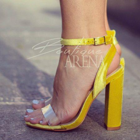 Sandale dama cu toc- accesoriul select pentru un look superb