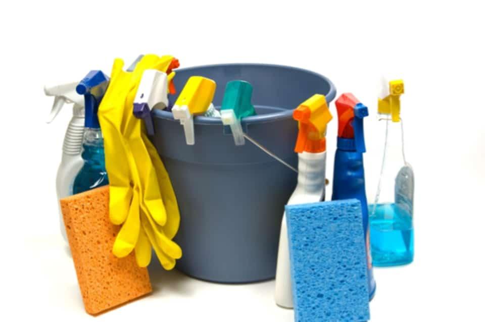 Cum poti curata bucataria rapid  si fara nicio bataie de cap?
