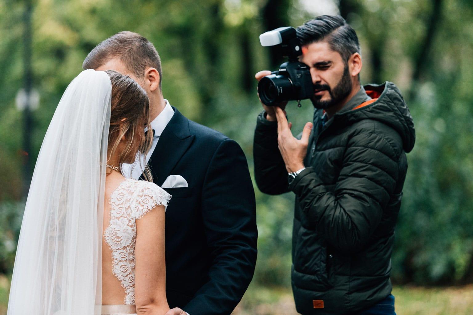 Fotograf de nunta la inceput de drum si ce ar trebui facut pentru a avea succes
