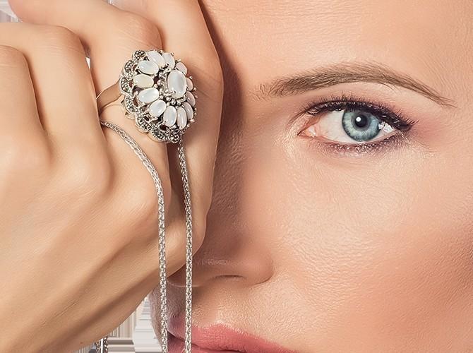 Janette.ro – Bijuterii din argint potrivite pentru stilul tau!