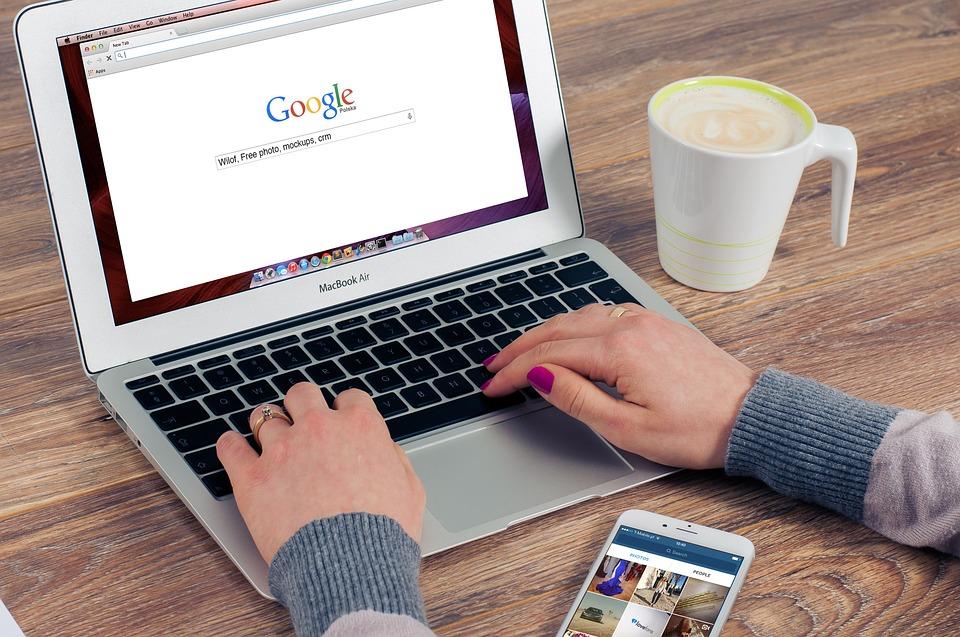 """3 strategii invechite de """"optimizare"""" pentru Google care iti pot face rau site-ului"""