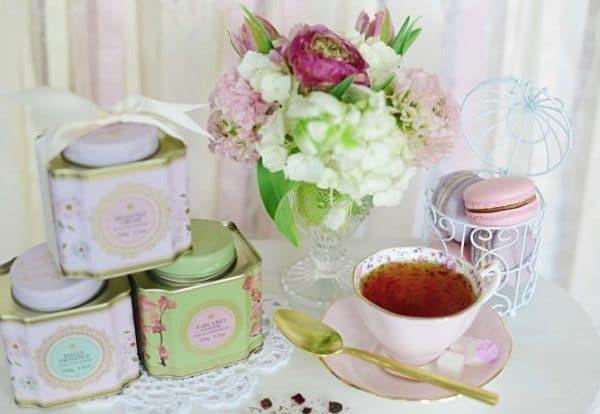 Alege cadouri perfecte pentru femeia din viata ta
