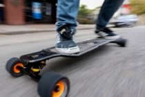 skateboardul electric