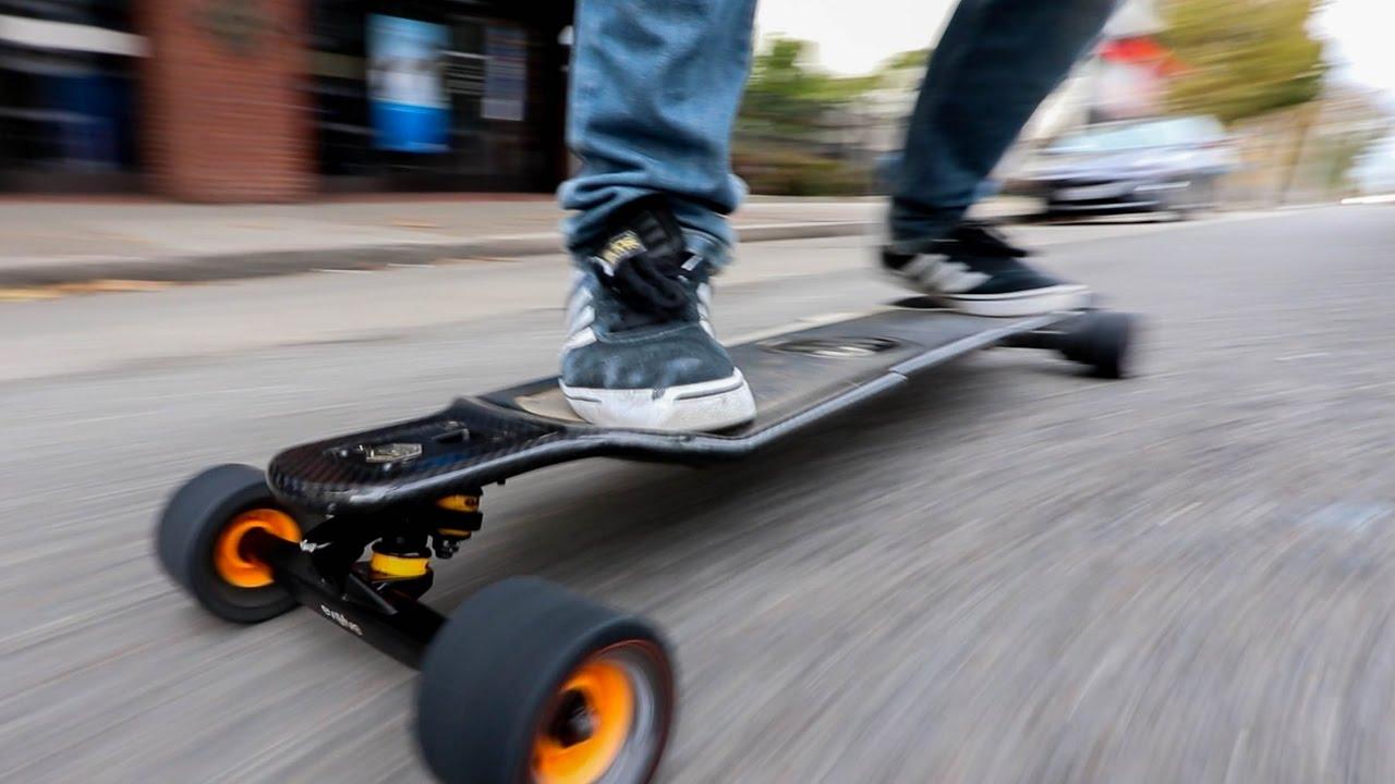 3 avantaje ale utilizarii unui skateboard electric