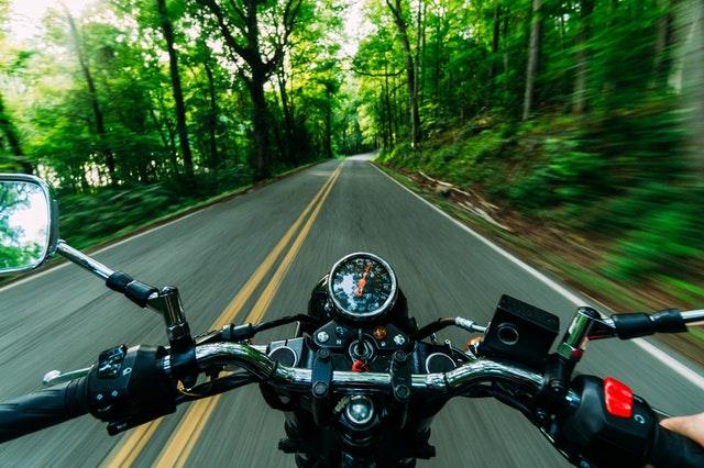 Cum pregatim motocicleta pentru excursii?