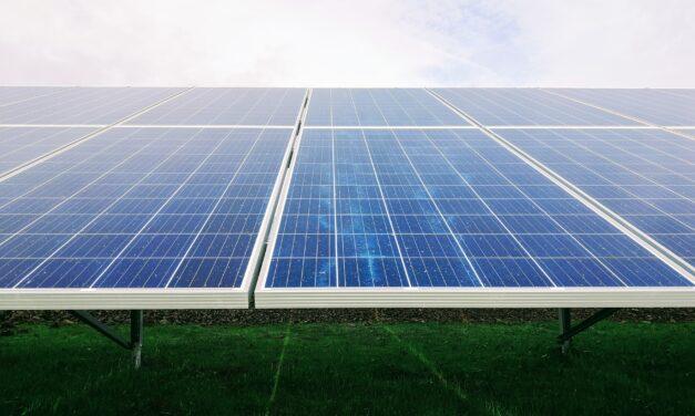 Cum Se Curata Corect Un Sistem Fotovoltaic